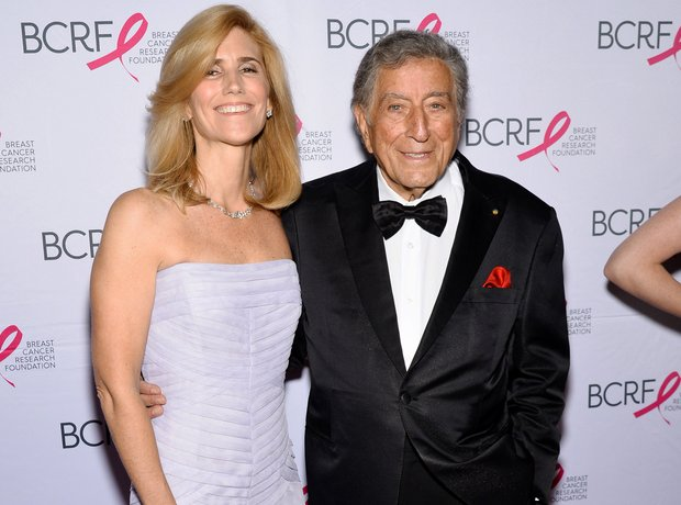 Crooner Tony Bennett with his wife Susan Crow