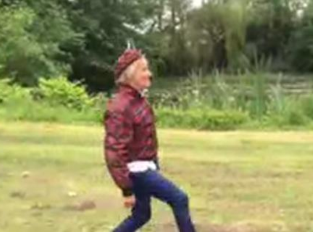 Rod Stewart silly walk
