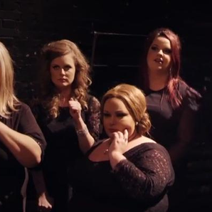 Adele impersonates herself